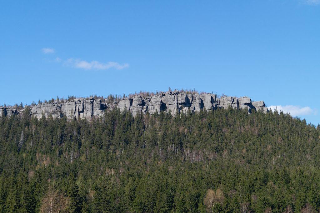 Stoliwo Szczelińca Wielkiego (najwyższy szczyt Gór Stołowych) zbudowane jest z piaskowców