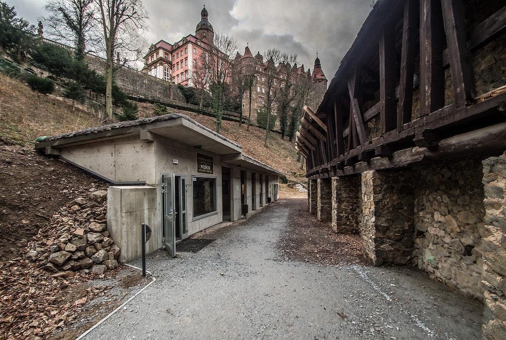 Wejście do nowo otwartej podziemnej trasy turystycznej – Foto: Adrian Sitko