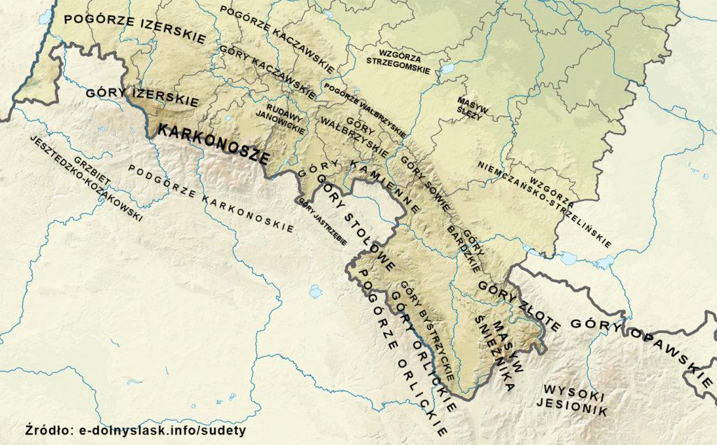 Sudety w województwie dolnośląskim – Podział Sudetów na pasma górskie – Podkład mapy: Wikimedia/SANtosito