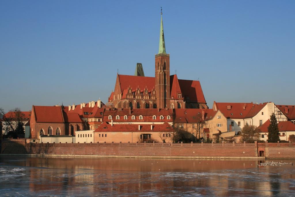 Ufundowana przez Henryka Prawego Kolegiata Świętego Krzyża na Ostrowie Tumskim we Wrocławiu – Foto: Jerzy Serafin