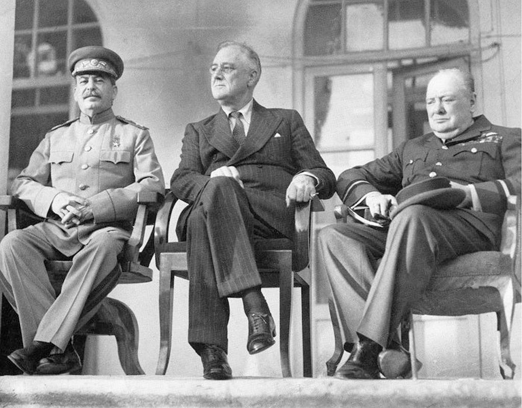 Konferencja w Teheranie, od lewej Józef Stalin, Franklin D. Roosevelt i Winston Churchill