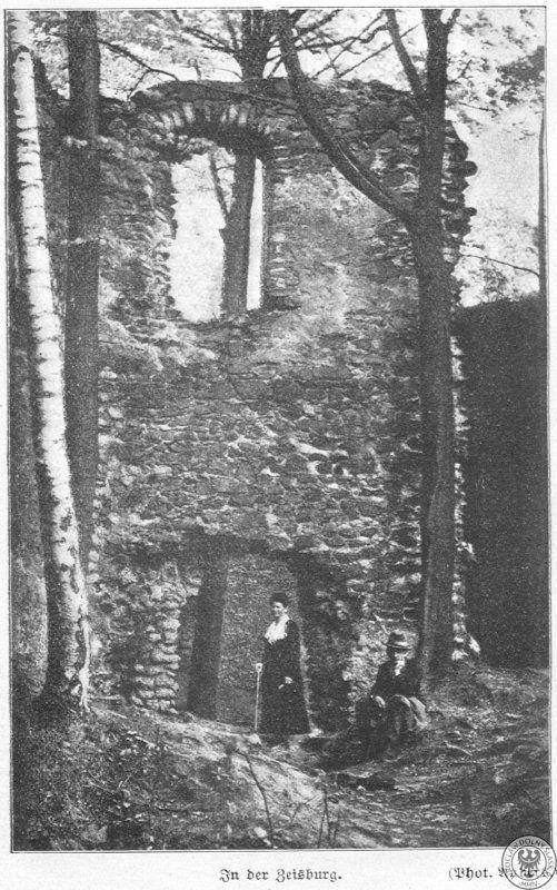Ruiny Zamku Cisy na przedwojennej fotografii – Źródło: polska-org.pl