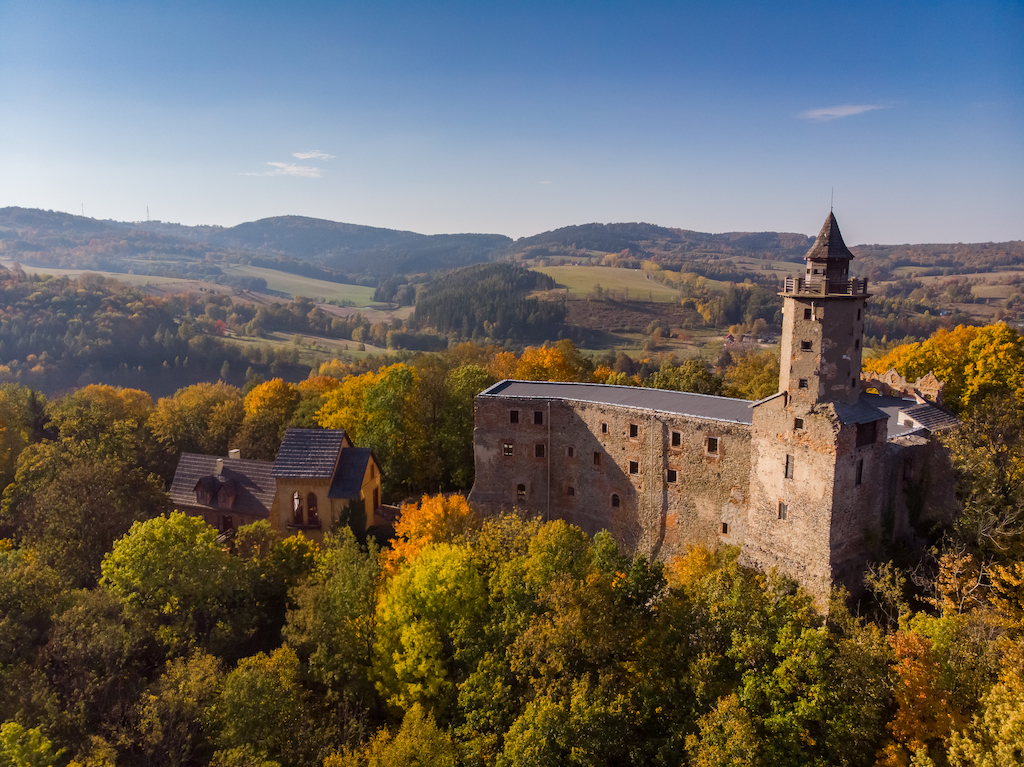Zamek Grodno – Foto: Marcin Jagiellicz (dla LOT Aglomeracji Wałbrzyskiej)