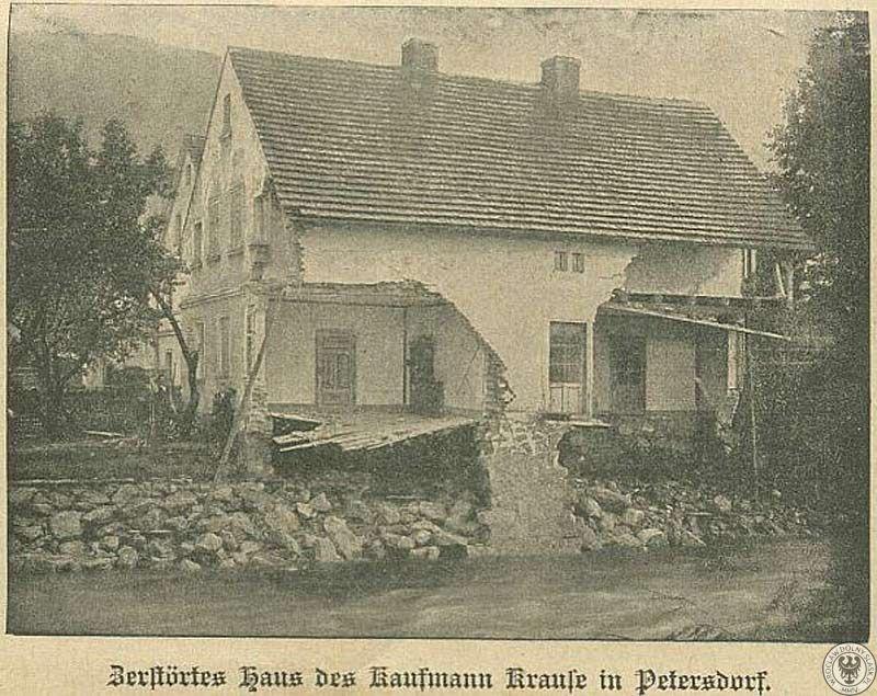 Piechowice, uszkodzony dom nad brzegiem Kamiennej – Źródło: polska-org.pl