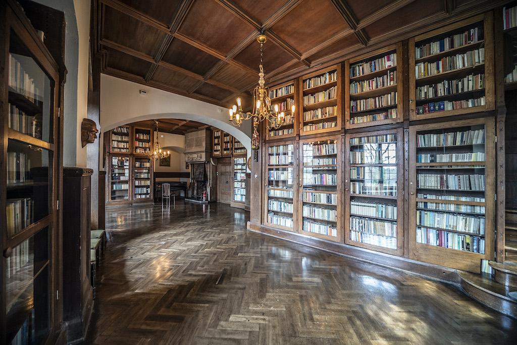 Biblioteka – Foto: Adrian Sitko