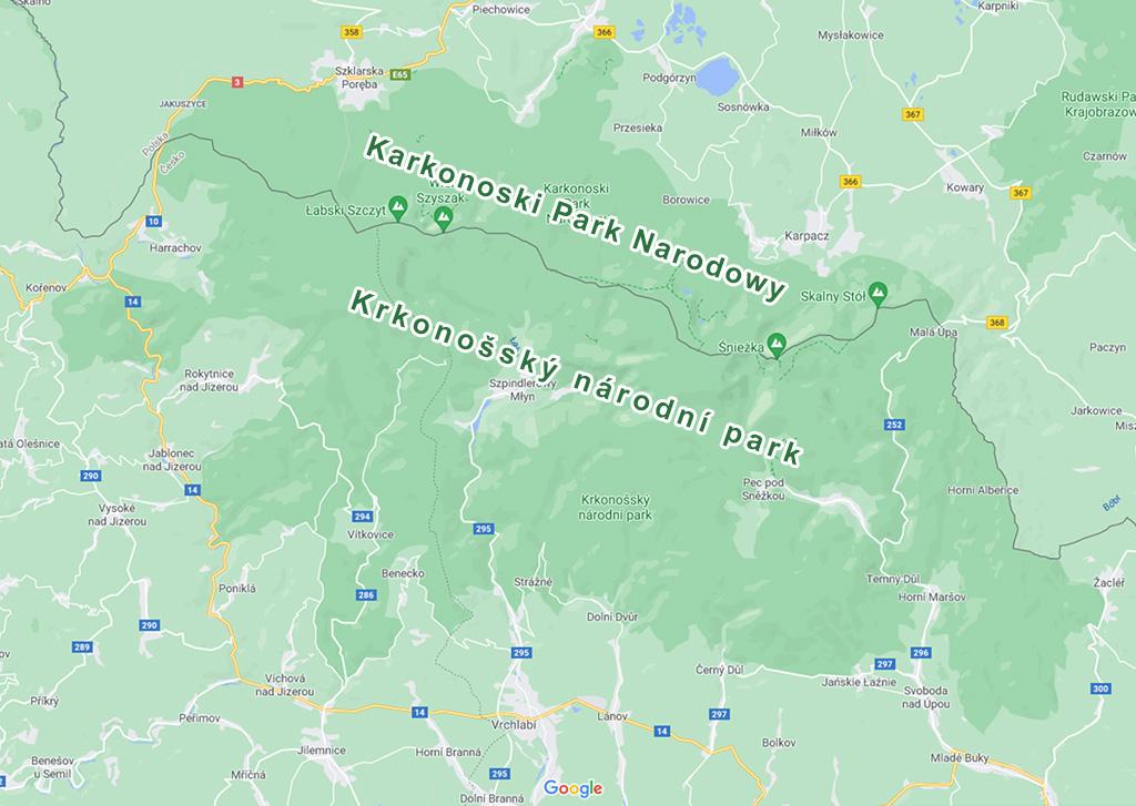 Obszary KPN i KRNAP zaznaczone kolorem ciemnozielonym – Źródło: Google Maps